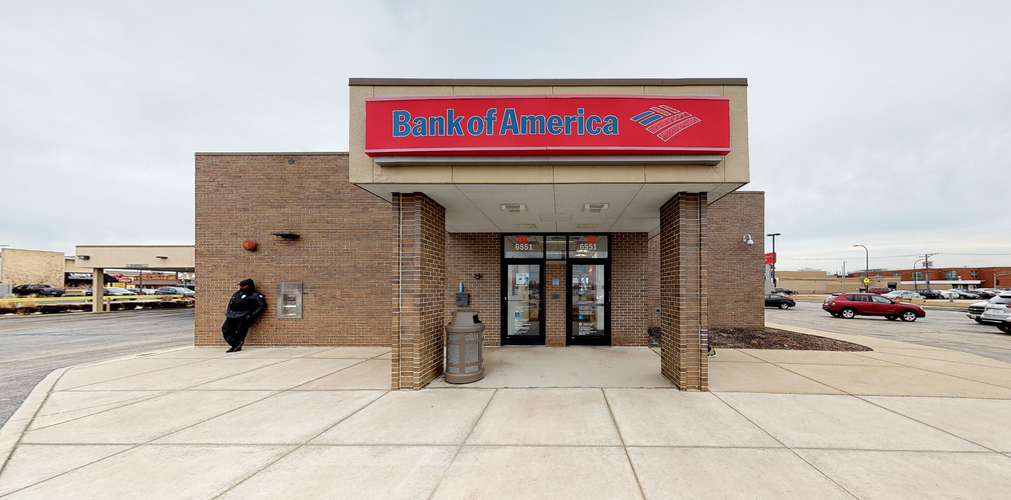 Bank of America financial center with drive-thru ATM | 6551 W 95th St, Chicago Ridge, IL 60415