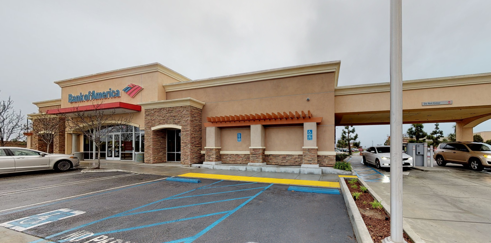 Bank of America financial center with drive-thru ATM | 3150 Case Rd Bldg G, Perris, CA 92570