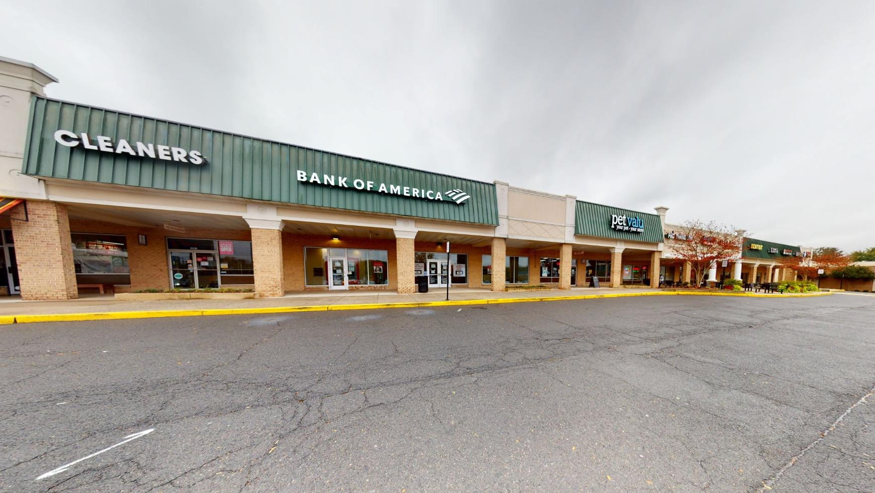 Bank of America financial center with walk-up ATM | 3065 Nutley St, Fairfax, VA 22031