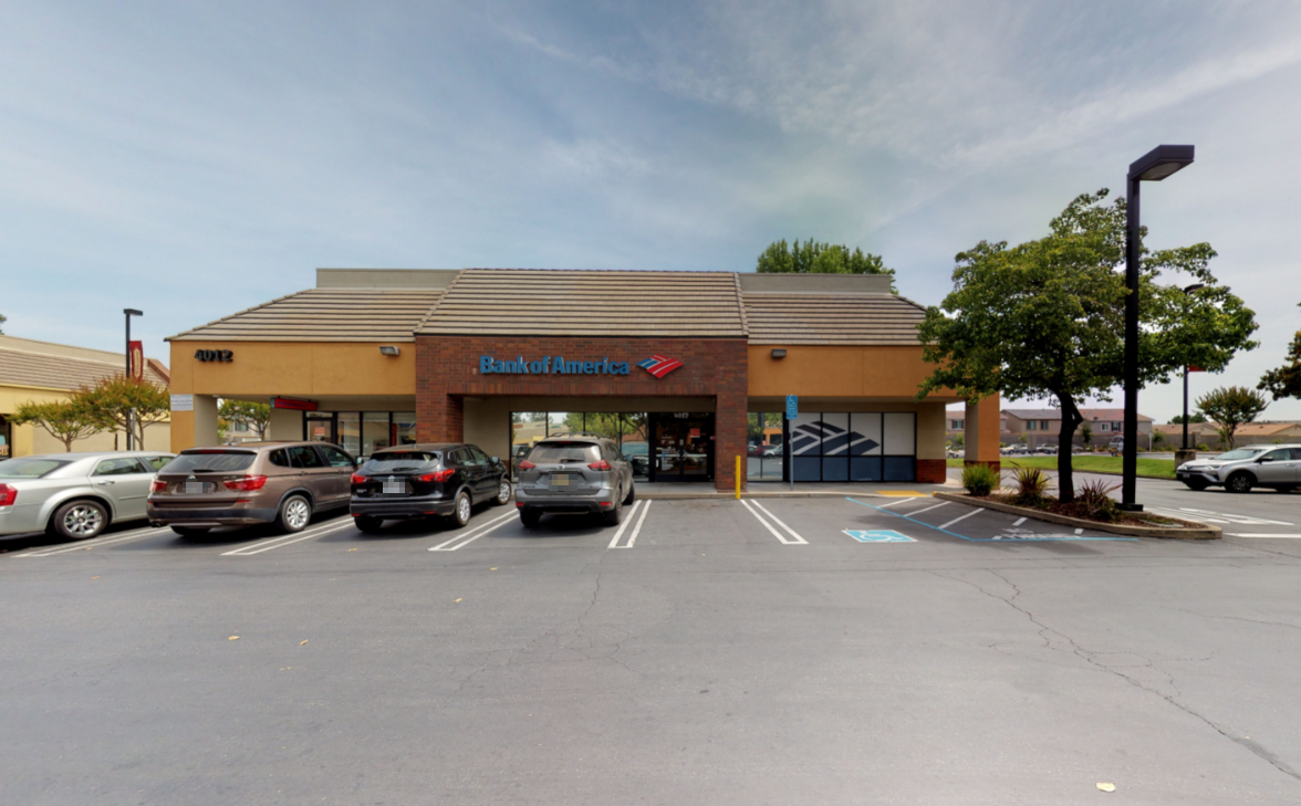 Bank of America financial center with walk-up ATM   4012 Foothills Blvd, Roseville, CA 95747