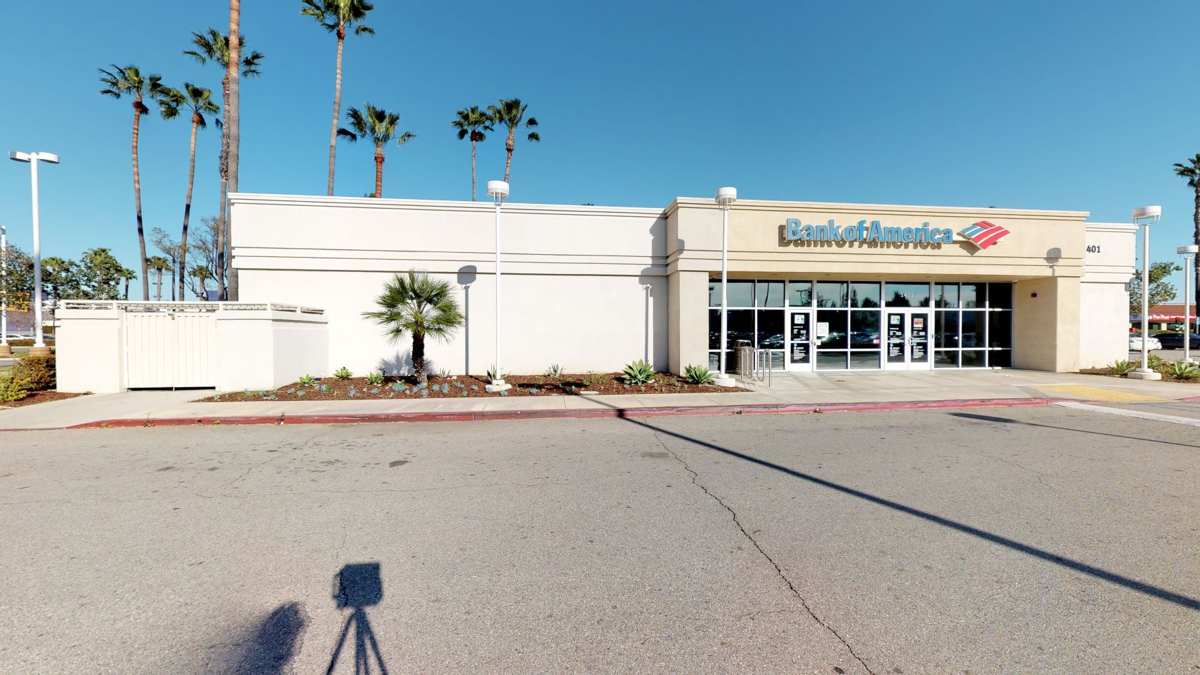 Bank of America financial center with walk-up ATM   1401 S Harbor Blvd, Fullerton, CA 92832