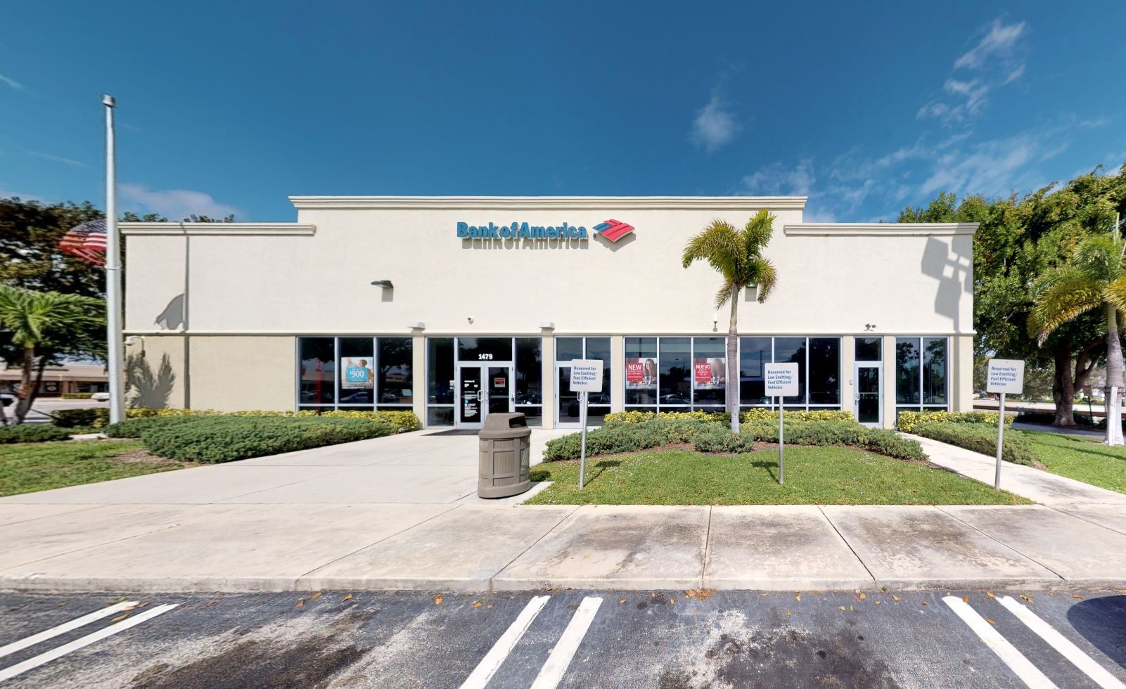 Bank of America financial center with drive-thru ATM | 1479 S Dixie Hwy, Lantana, FL 33462