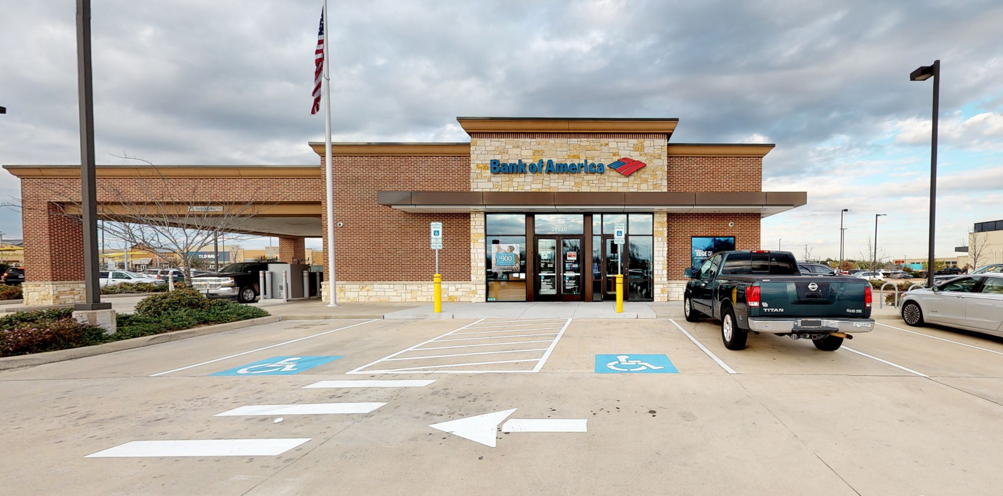 Bank of America financial center with drive-thru ATM | 28620 Highway 290, Cypress, TX 77433