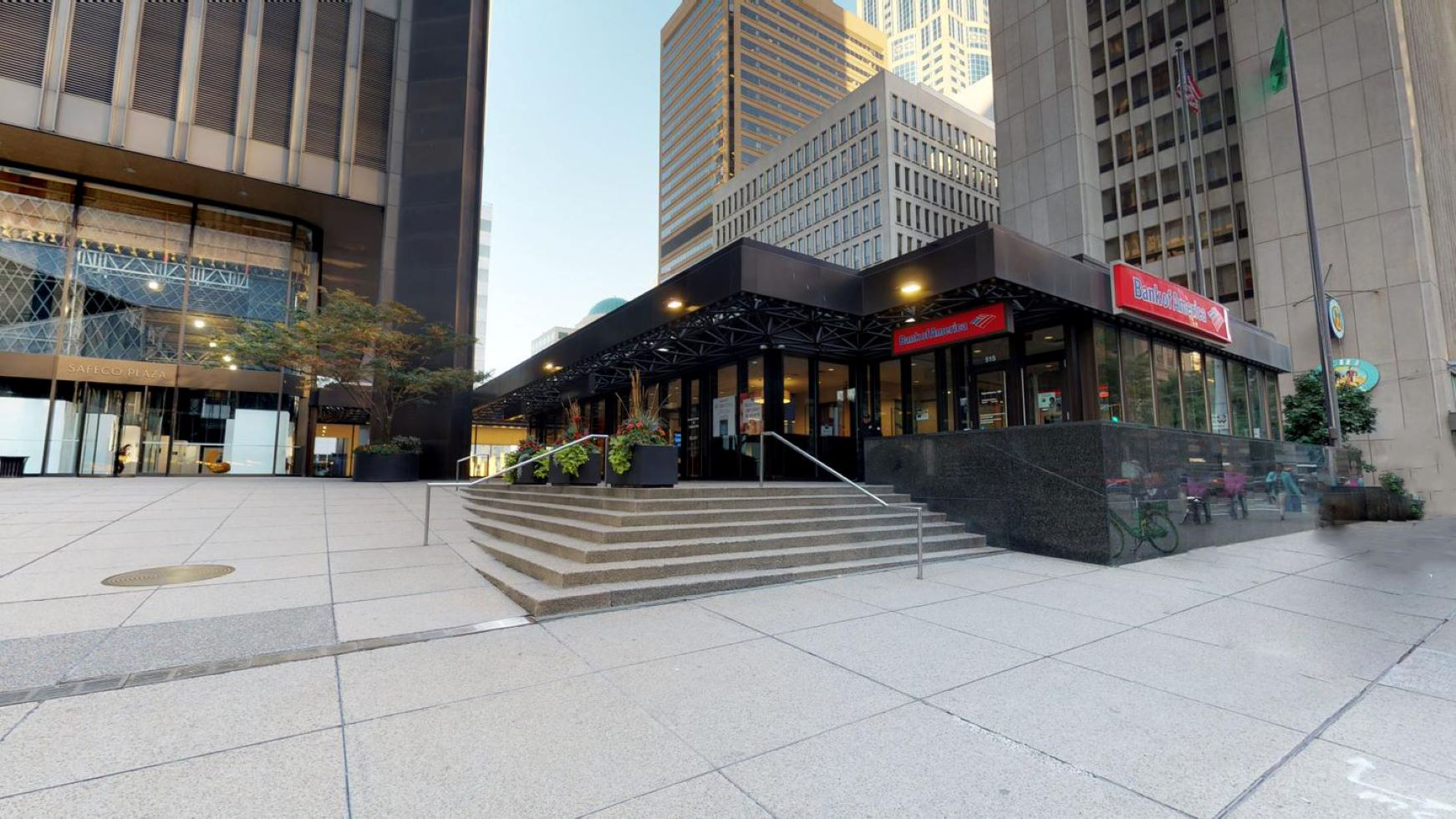 Bank of America financial center with walk-up ATM | 1001 4th Ave STE 515, Seattle, WA 98154