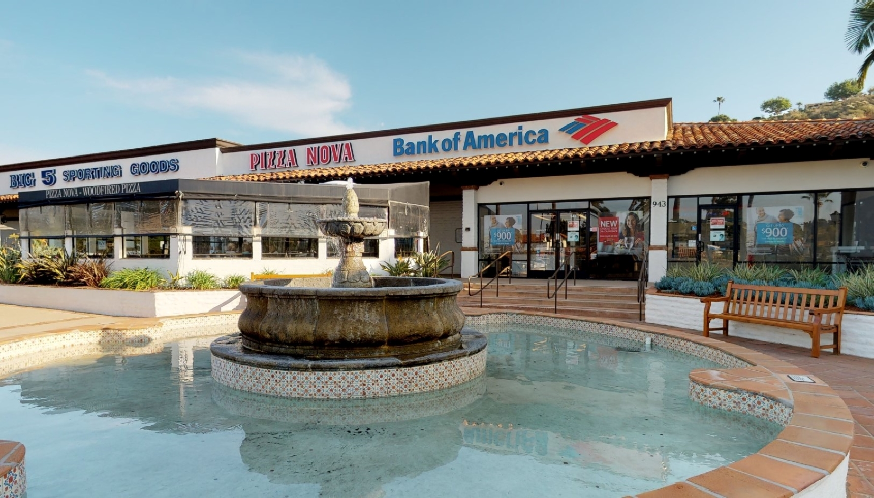 Bank of America financial center with walk-up ATM | 943 Lomas Santa Fe Dr, Solana Beach, CA 92075