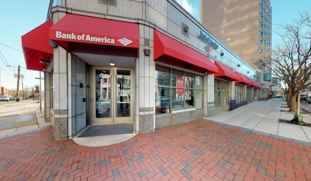 Bank of America financial center with walk-up ATM | 400 Delaware Ave, Wilmington, DE 19801