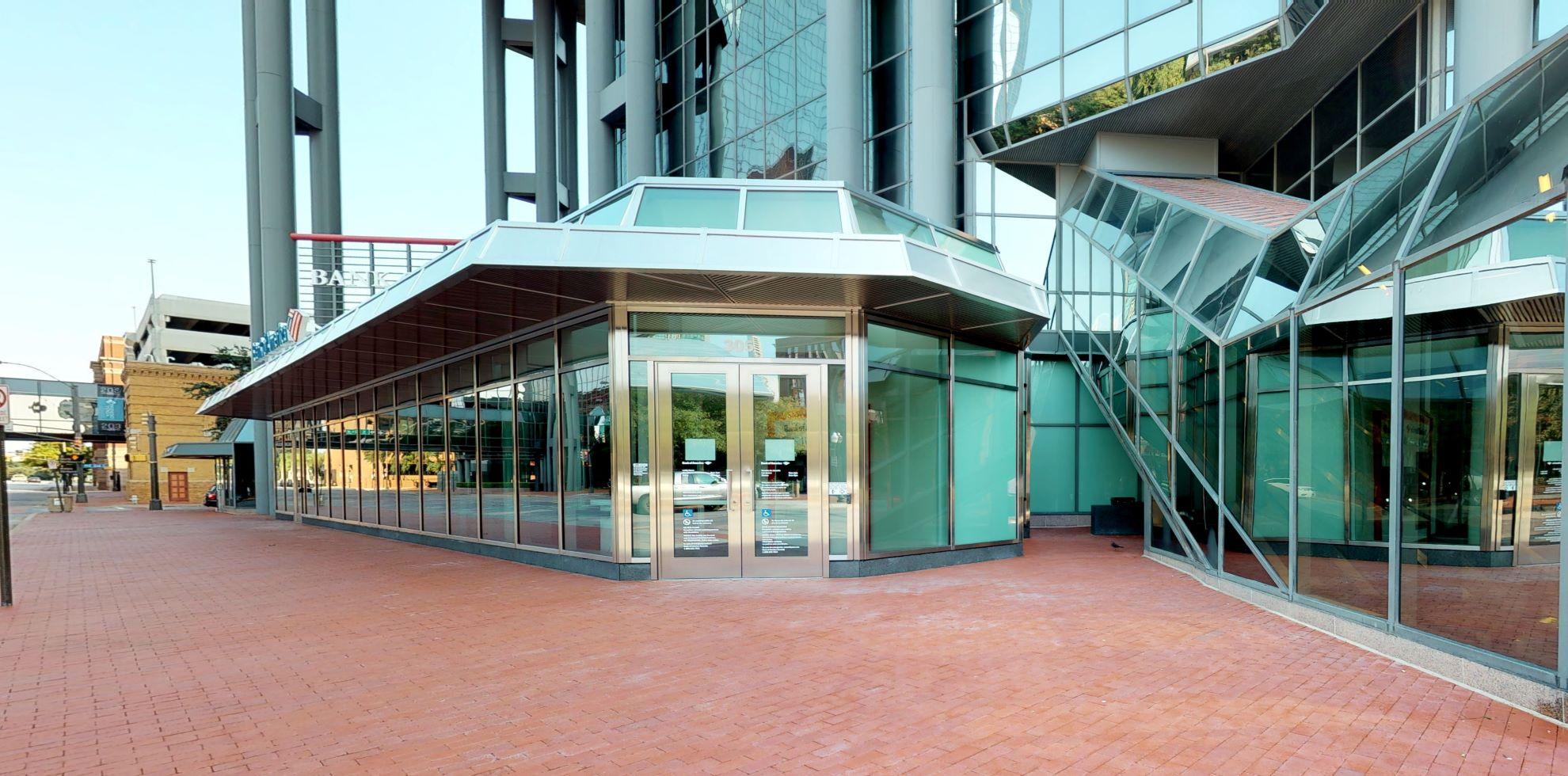 Bank of America financial center with walk-up ATM | 305 Commerce St, Fort Worth, TX 76102