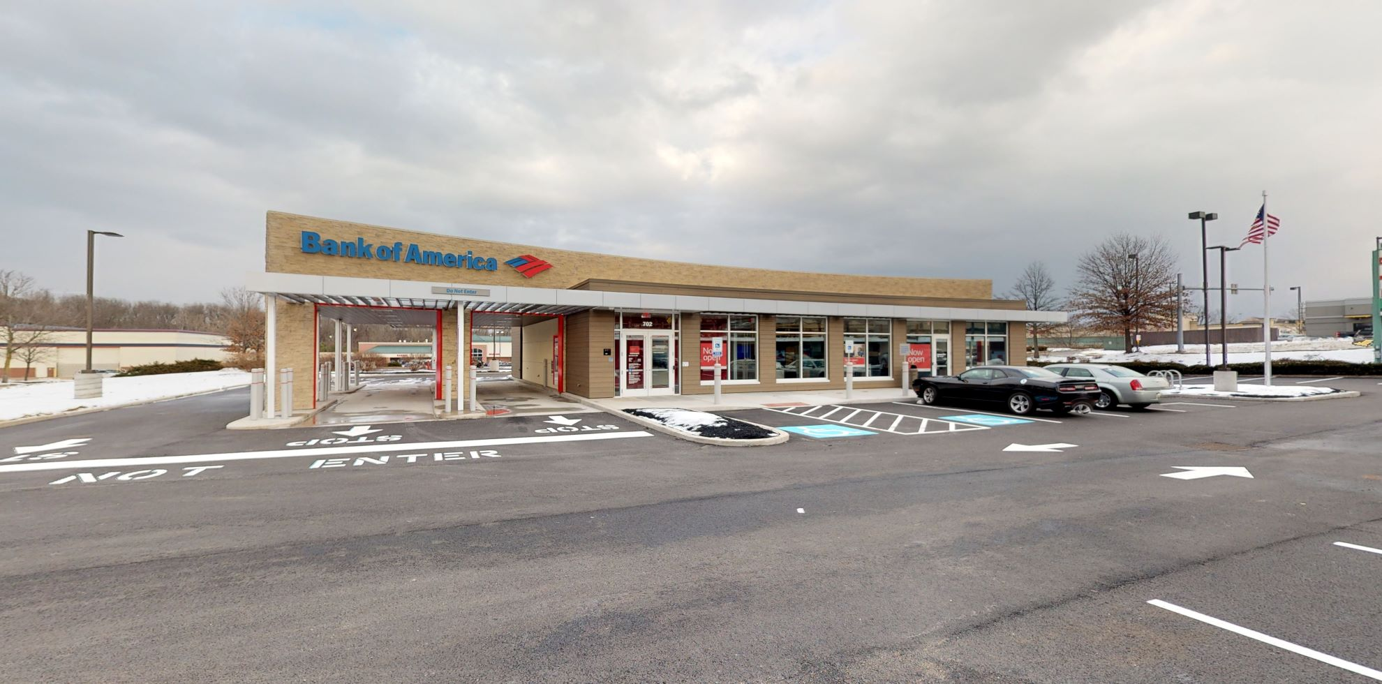 Bank of America financial center with drive-thru ATM   702 Nutt Rd, Phoenixville, PA 19460