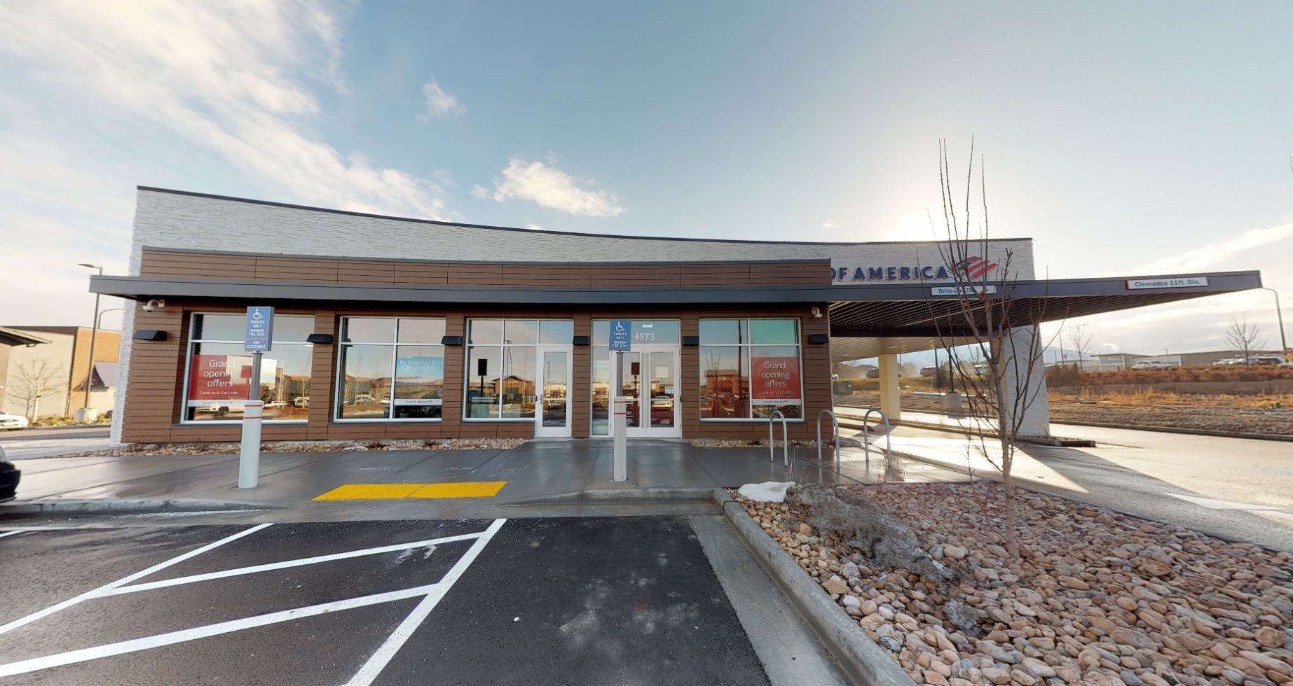 Bank of America financial center with drive-thru ATM | 4573 W Partridge Hill Ln, Riverton, UT 84096