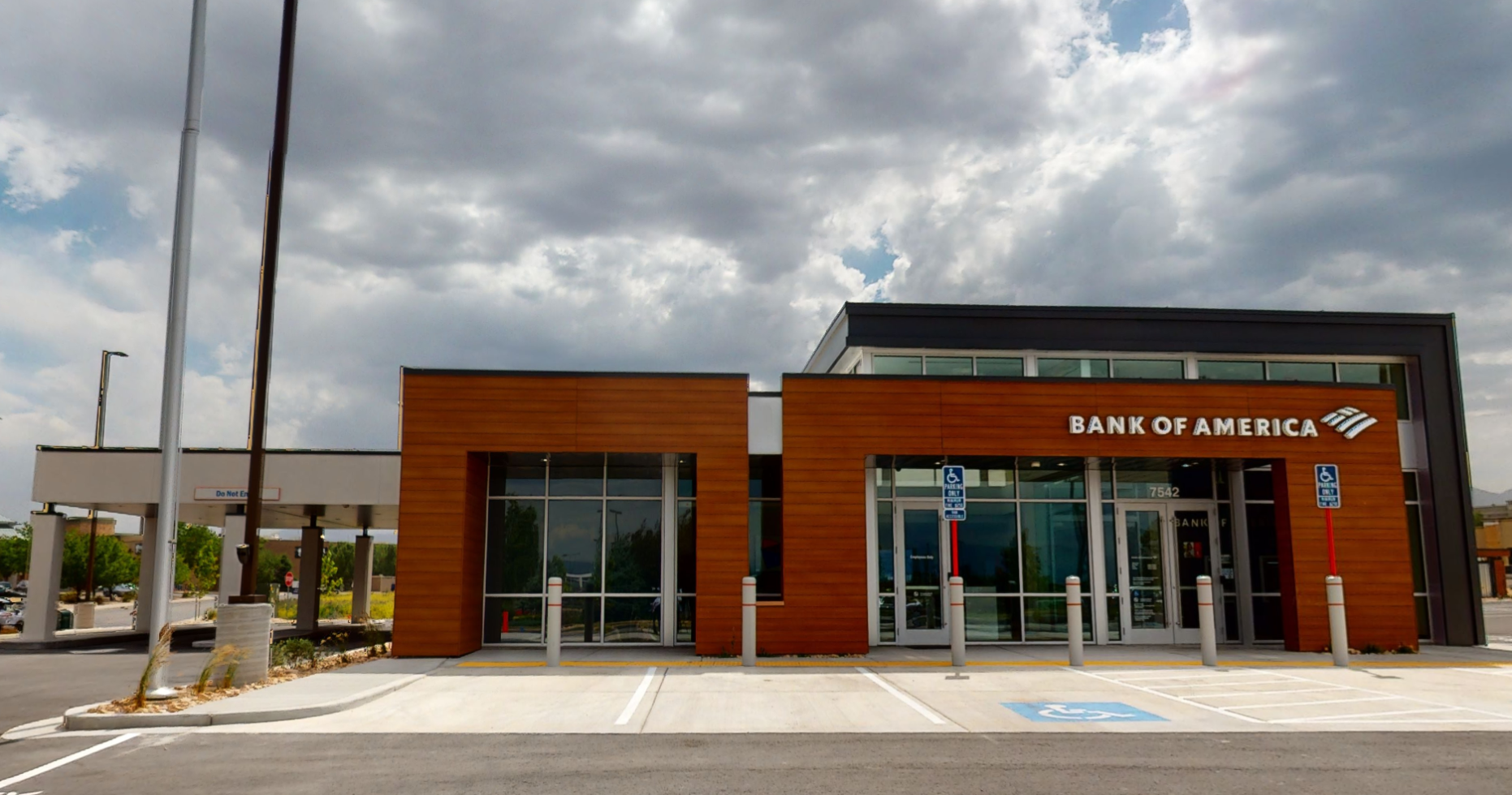 Bank of America financial center with drive-thru ATM   7542 S Plaza Center Dr, West Jordan, UT 84084