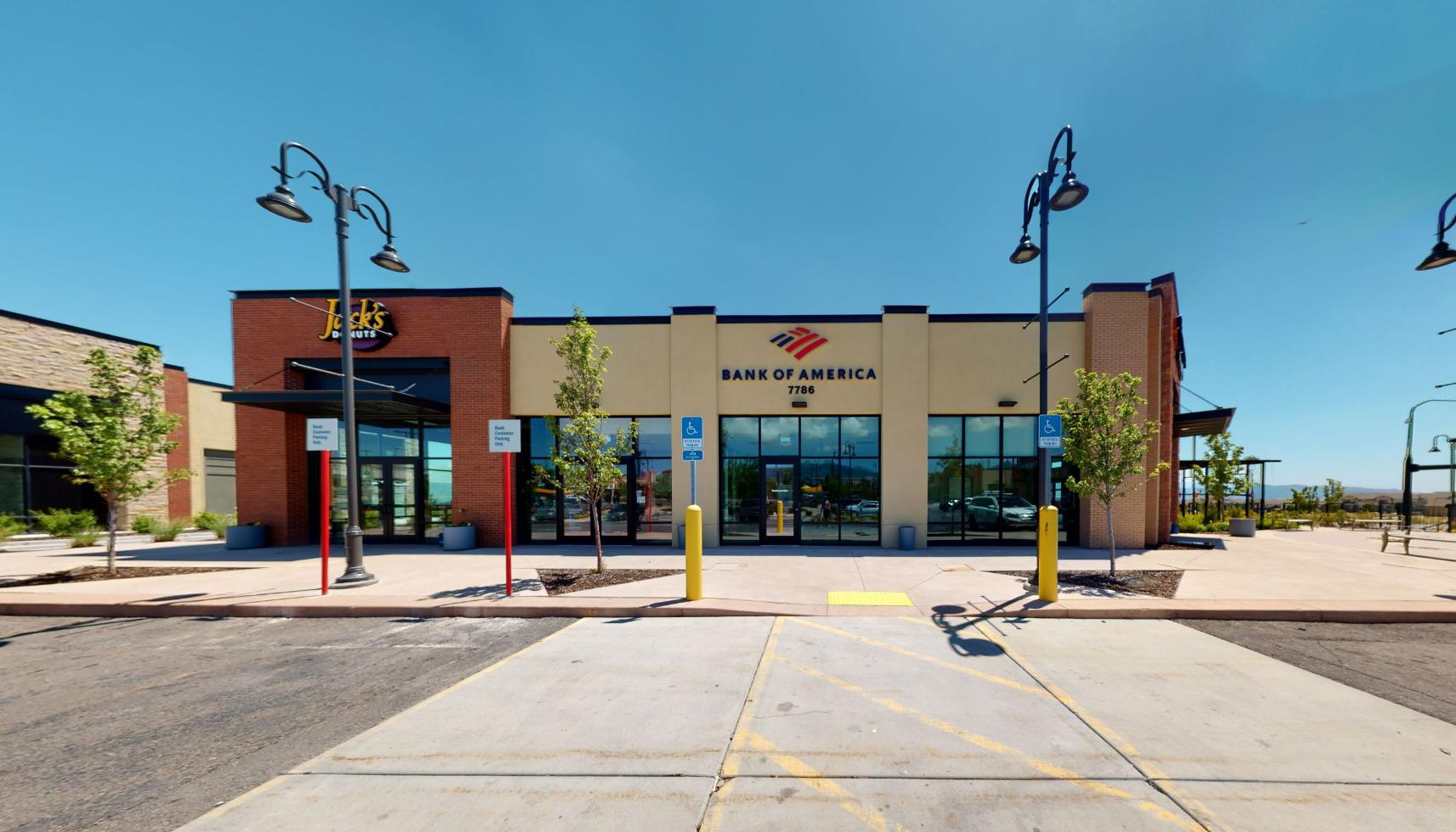 Bank of America financial center with walk-up ATM   7786 S 5600 W, West Jordan, UT 84081