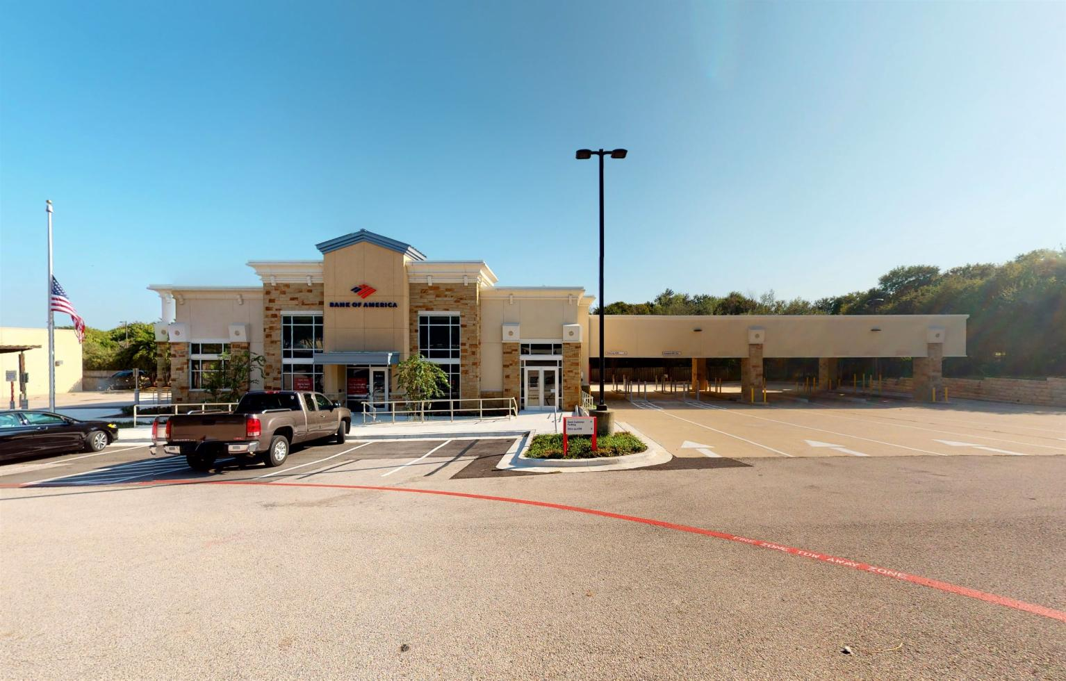 Bank of America financial center with drive-thru ATM | 6317 Bee Caves Rd STE 100, Austin, TX 78746