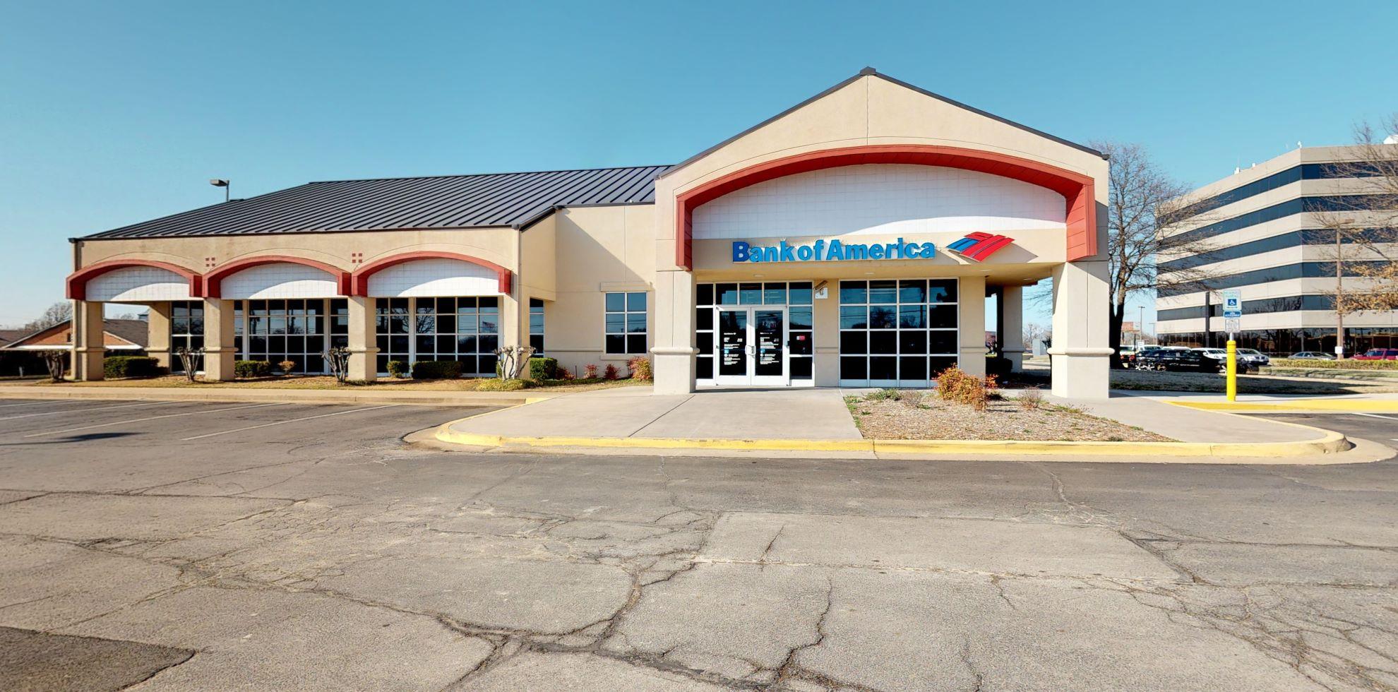 Bank of America financial center with drive-thru ATM | 10131 E 11th St, Tulsa, OK 74128
