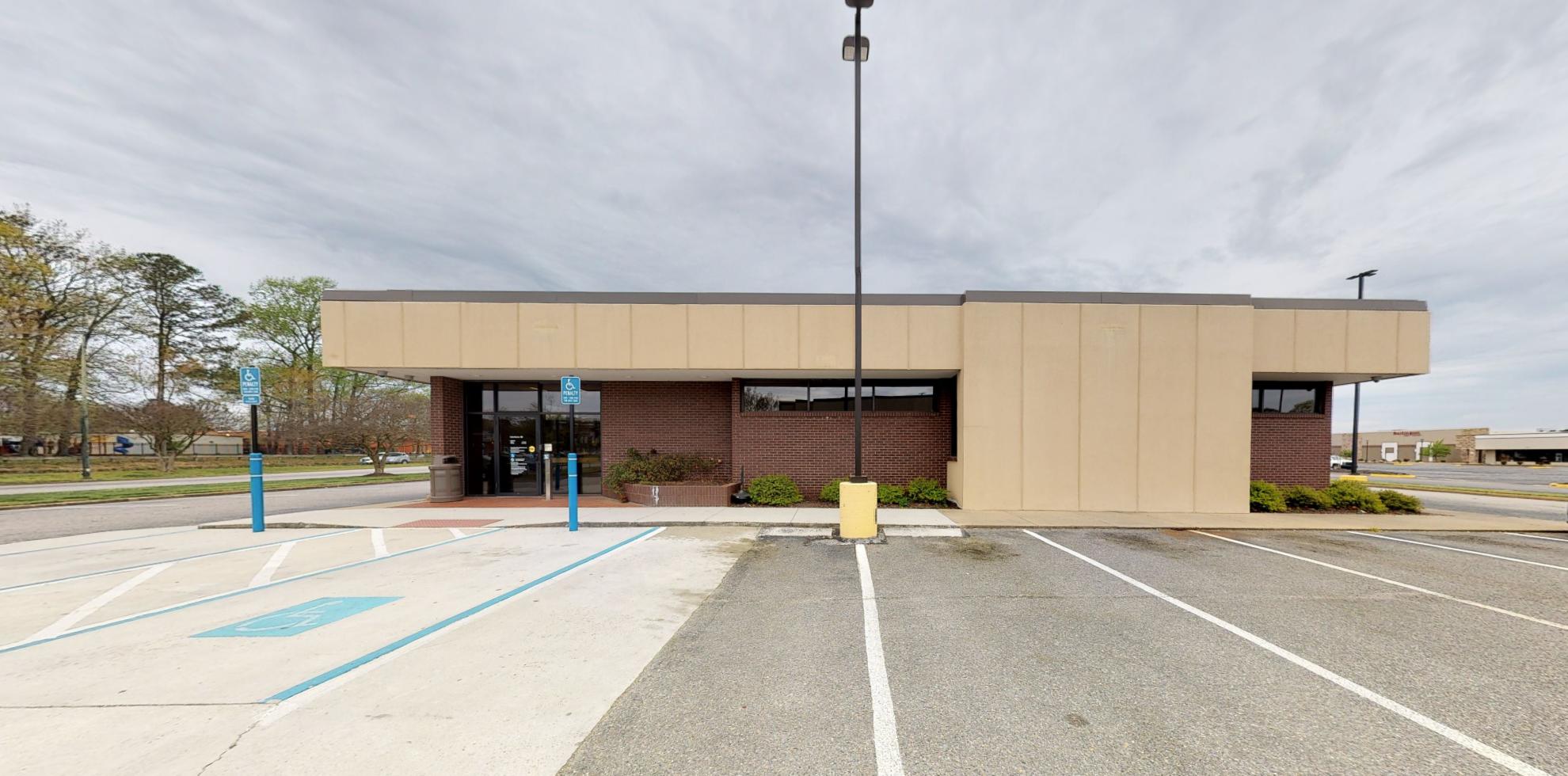 Bank of America financial center with drive-thru ATM | 14346 Warwick Blvd STE 300, Newport News, VA 23602