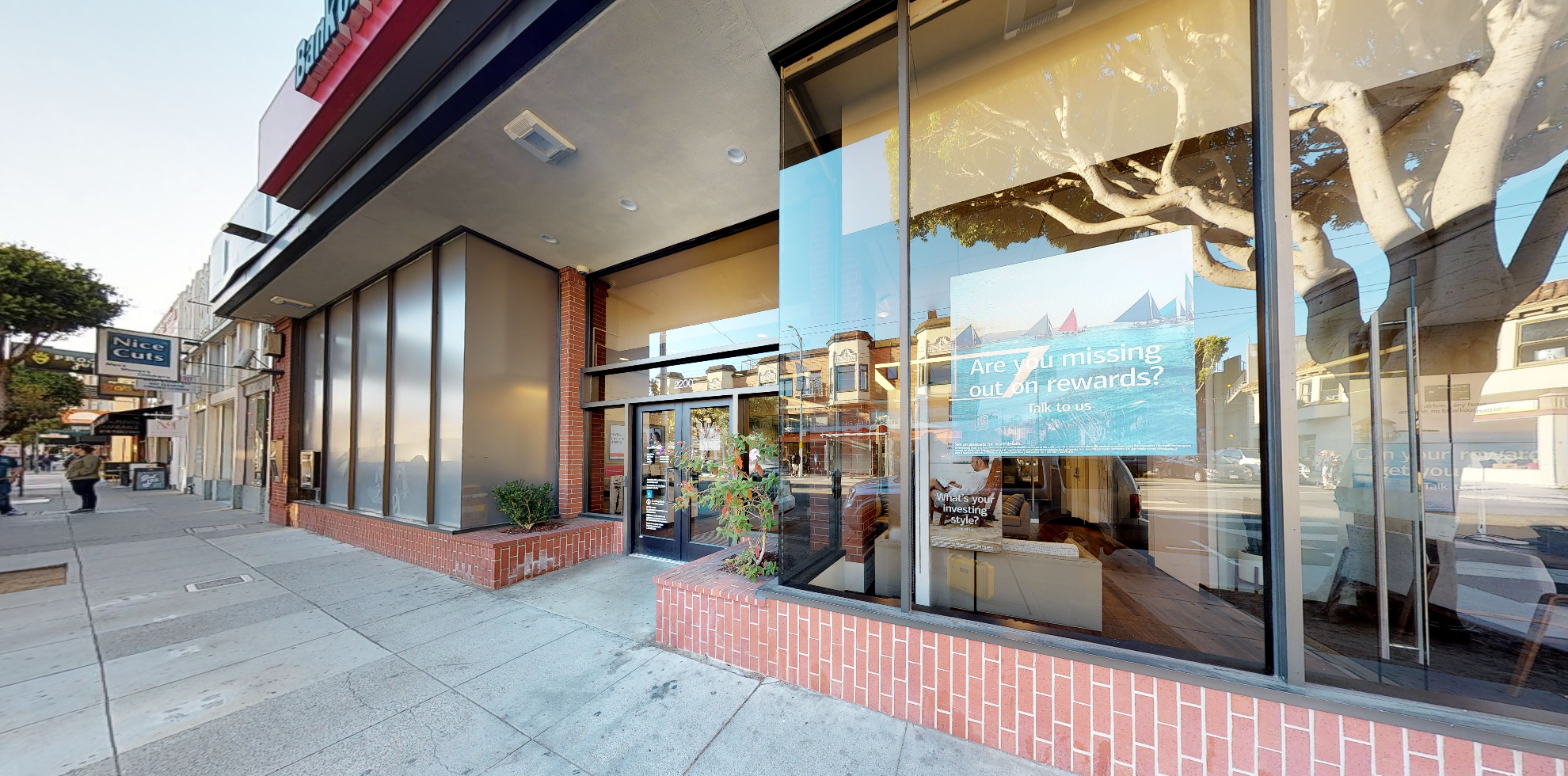 Bank of America financial center with walk-up ATM   2200 Chestnut St, San Francisco, CA 94123