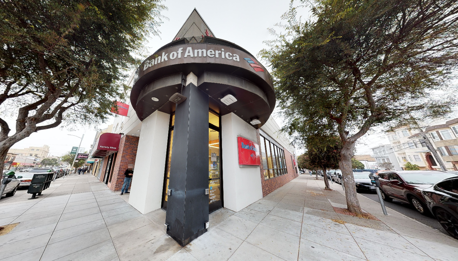 Bank of America financial center with walk-up ATM   600 Clement St, San Francisco, CA 94118