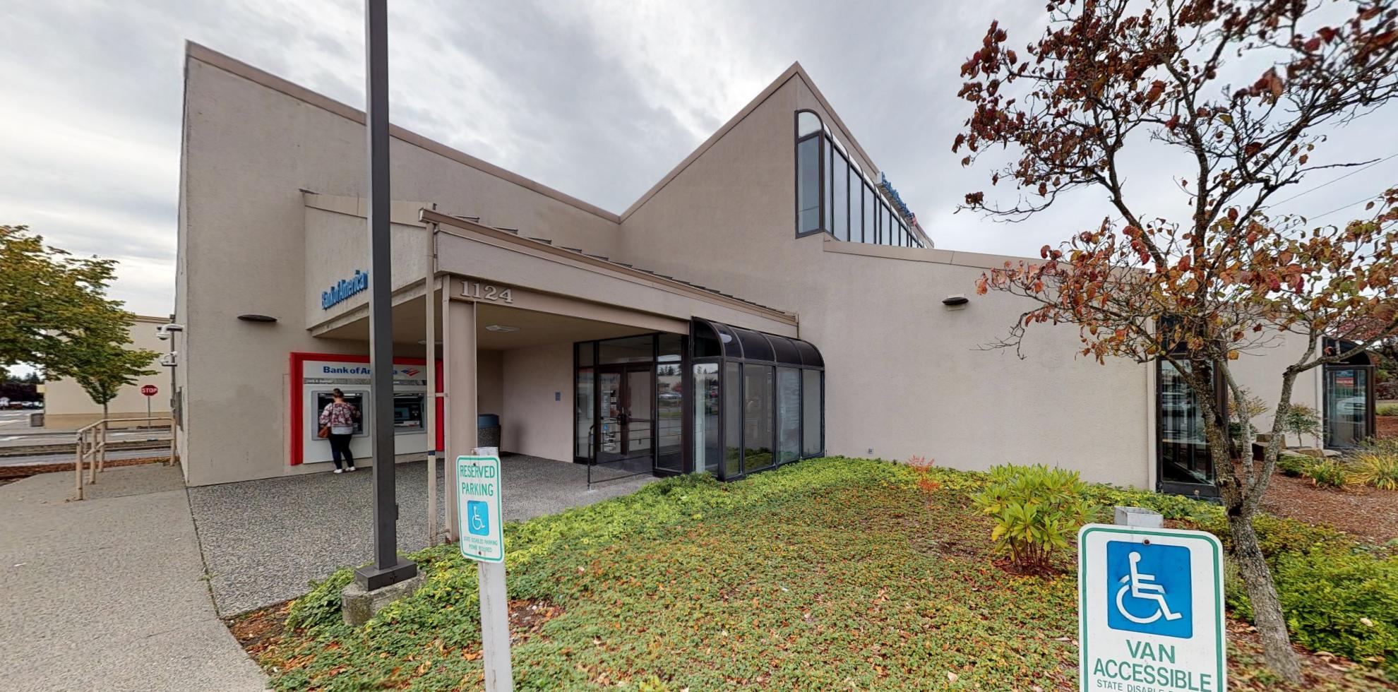Bank of America financial center with walk-up ATM   1124 SE Everett Mall Way, Everett, WA 98208