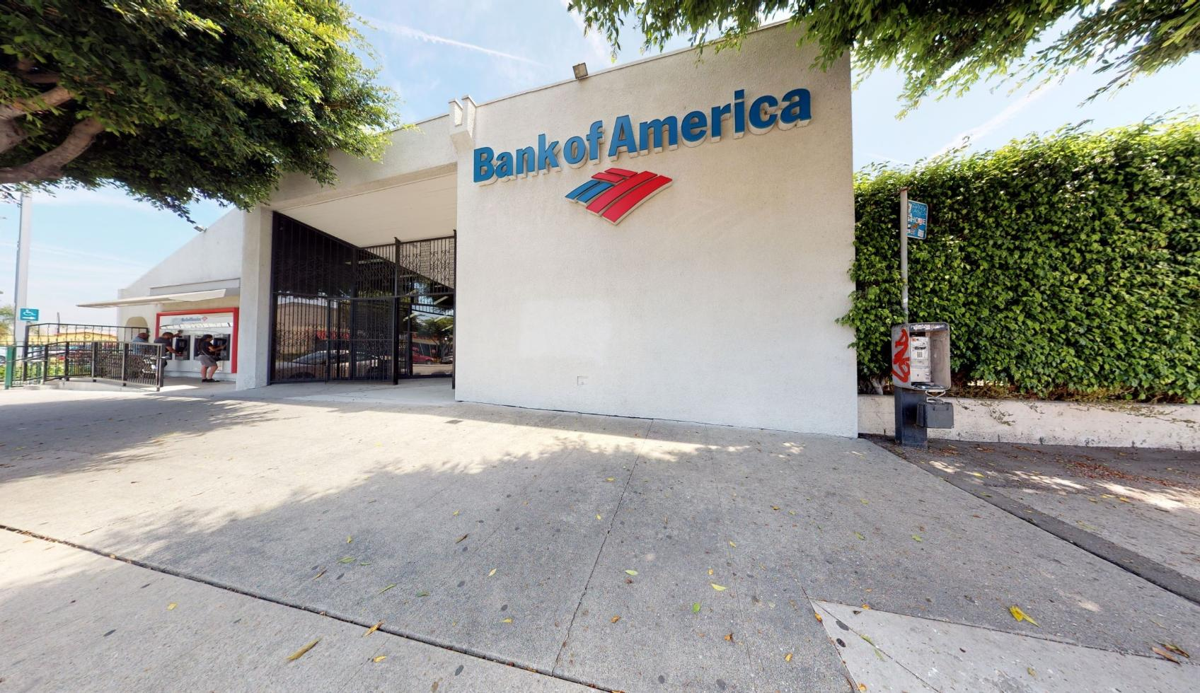 Bank of America financial center with walk-up ATM | 518 S Long Beach Blvd, Compton, CA 90221