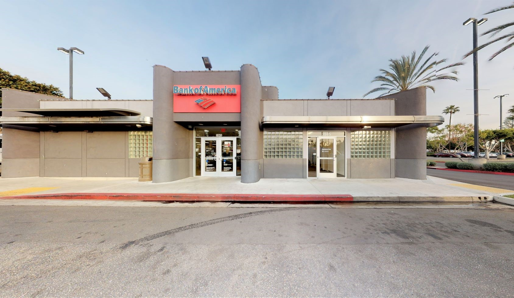 Bank of America financial center with walk-up ATM   3945 Crenshaw Blvd, Los Angeles, CA 90008