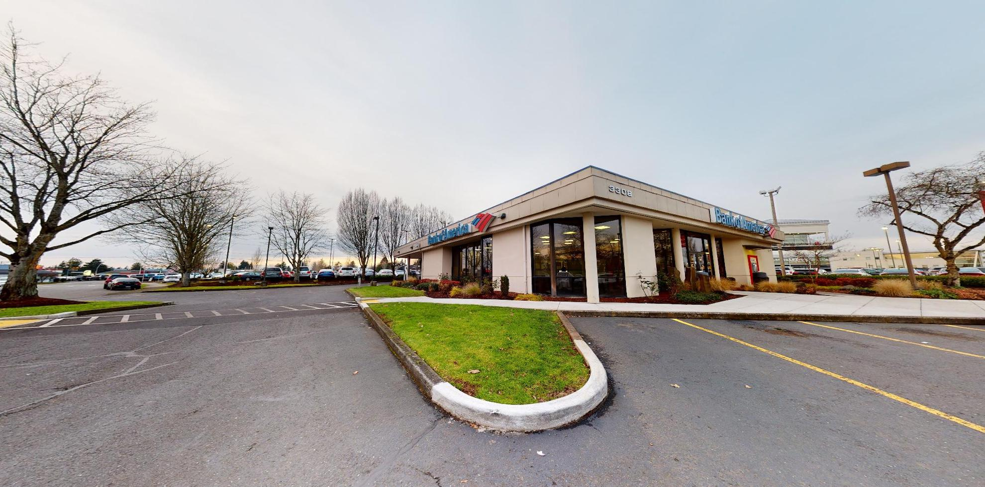 Bank of America financial center with drive-thru ATM | 3308 NE Auto Mall Dr, Vancouver, WA 98662