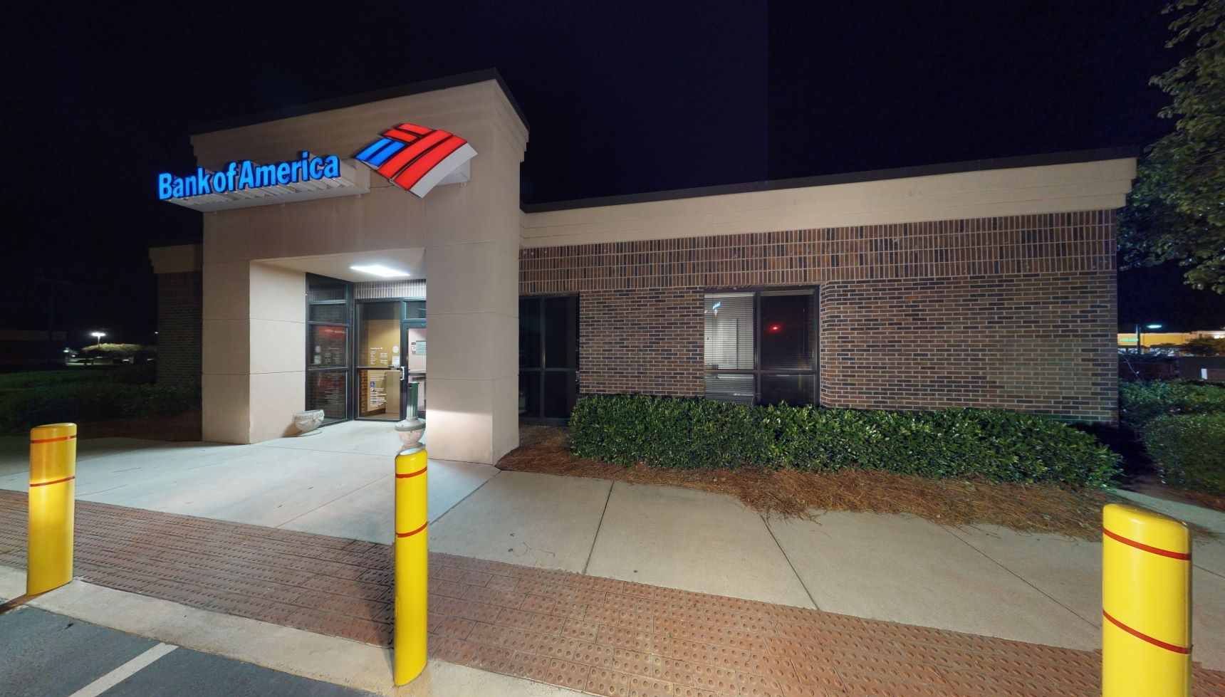 Bank of America financial center with drive-thru ATM and teller   212 Saint James Ave, Goose Creek, SC 29445