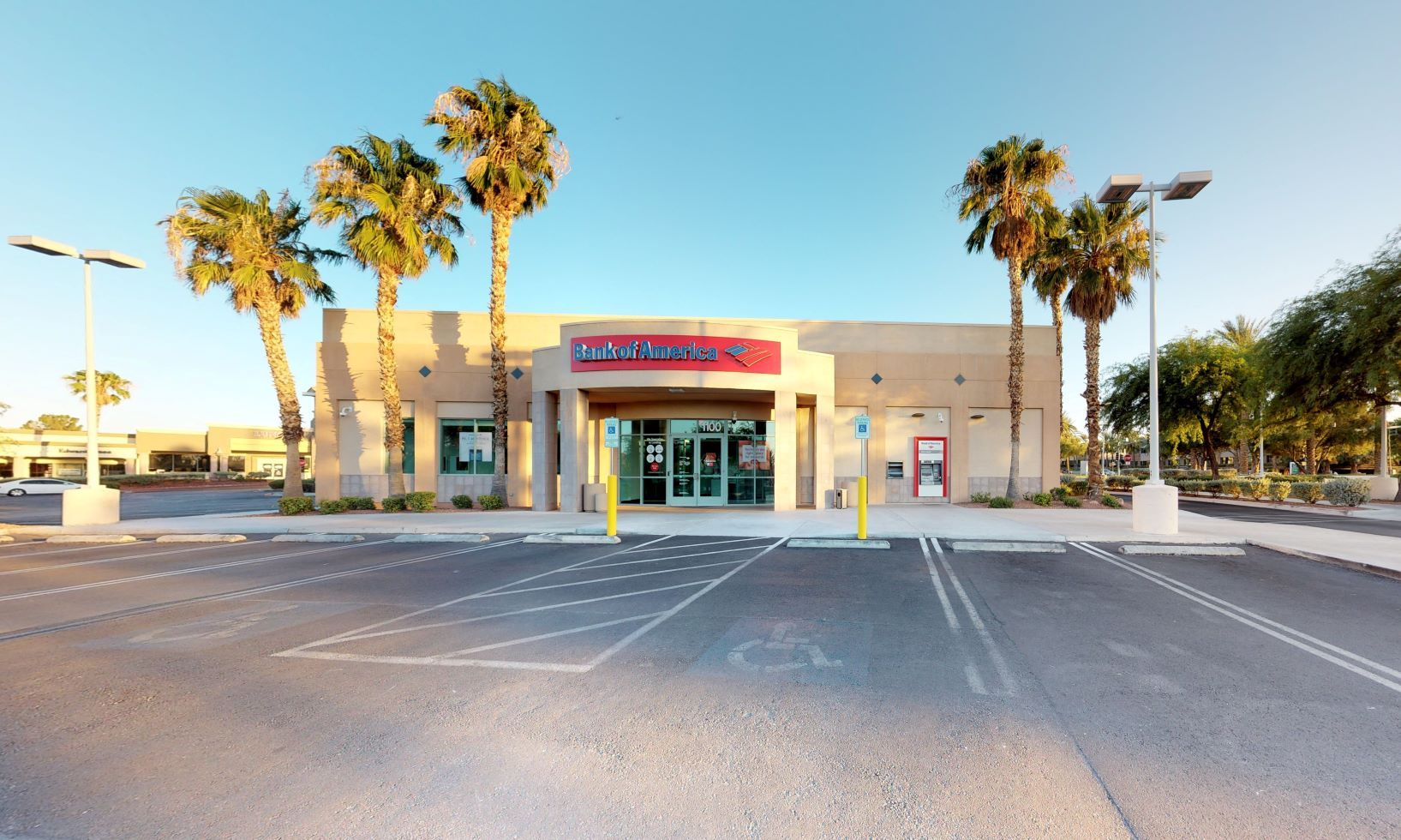 Bank of America financial center with drive-thru ATM | 1100 N Green Valley Pkwy, Henderson, NV 89074