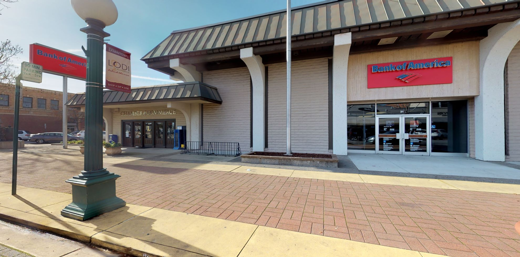 Bank of America financial center with walk-up ATM | 31 S School St, Lodi, CA 95240
