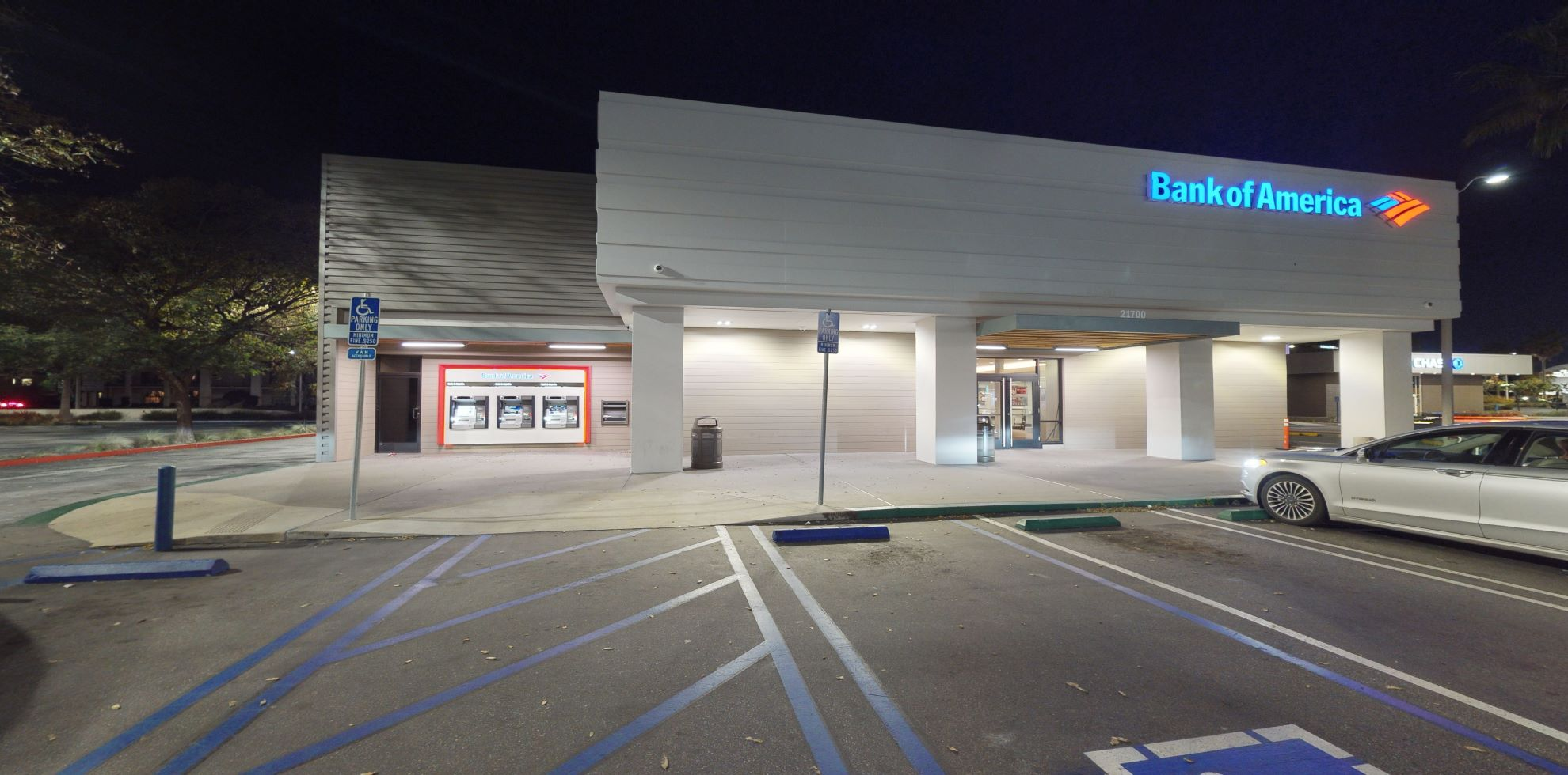 Bank of America financial center with walk-up ATM | 21700 Hawthorne Blvd, Torrance, CA 90503