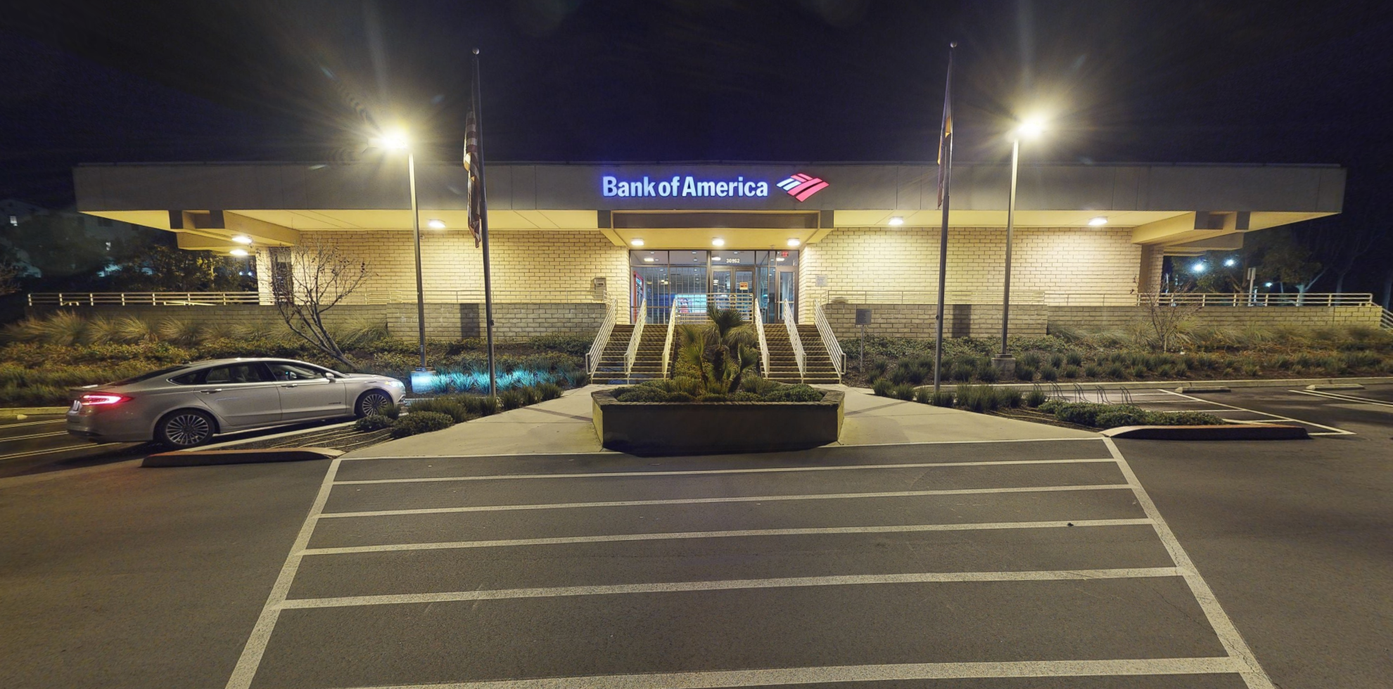 Bank of America financial center with drive-thru ATM | 30162 Crown Valley Pkwy, Laguna Niguel, CA 92677