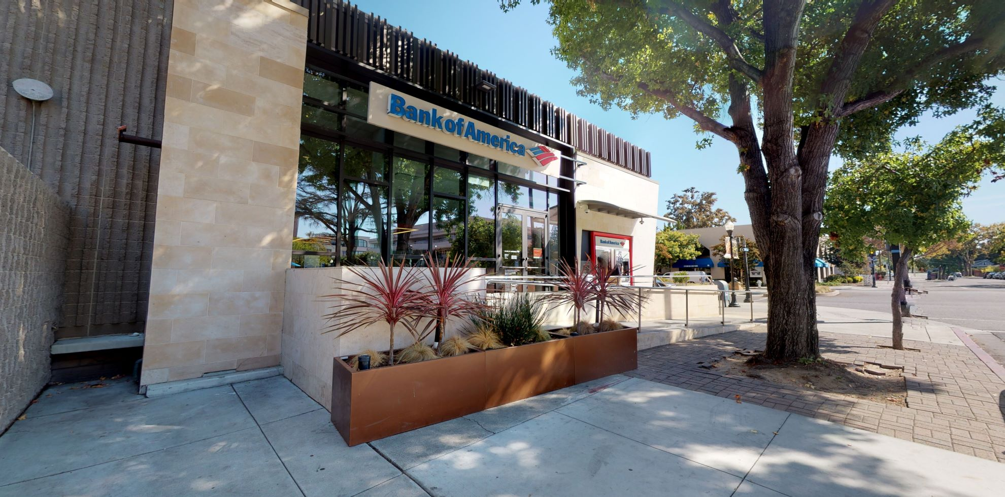 Bank of America financial center with walk-up ATM | 444 Castro St, Mountain View, CA 94041