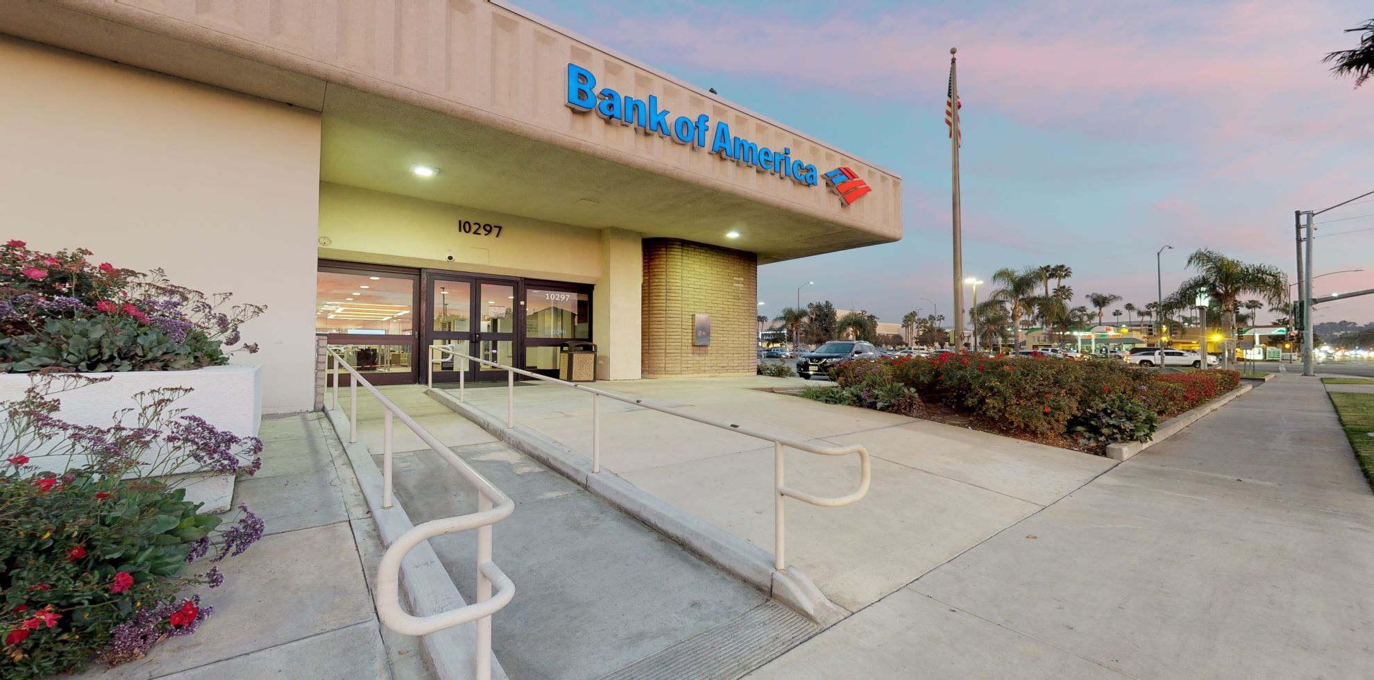 Bank of America financial center with drive-thru ATM | 10297 Magnolia Ave, Riverside, CA 92503