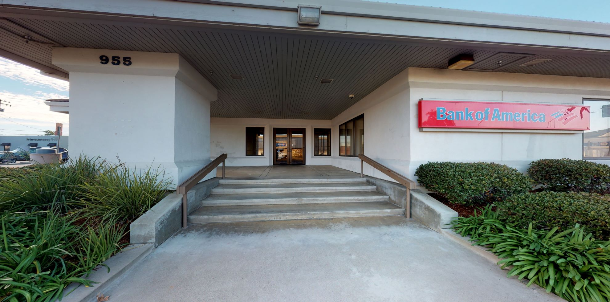 Bank of America financial center with walk-up ATM   955 Main St, Red Bluff, CA 96080
