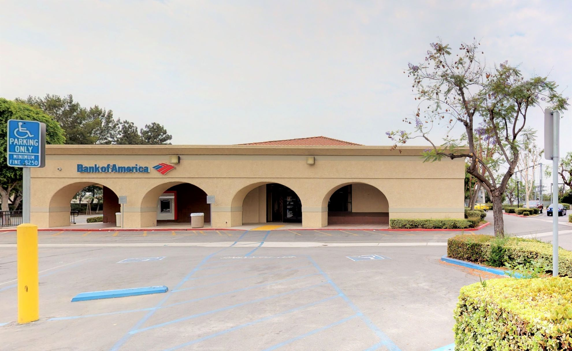 Bank of America financial center with walk-up ATM | 4825 E Chapman Ave, Orange, CA 92869
