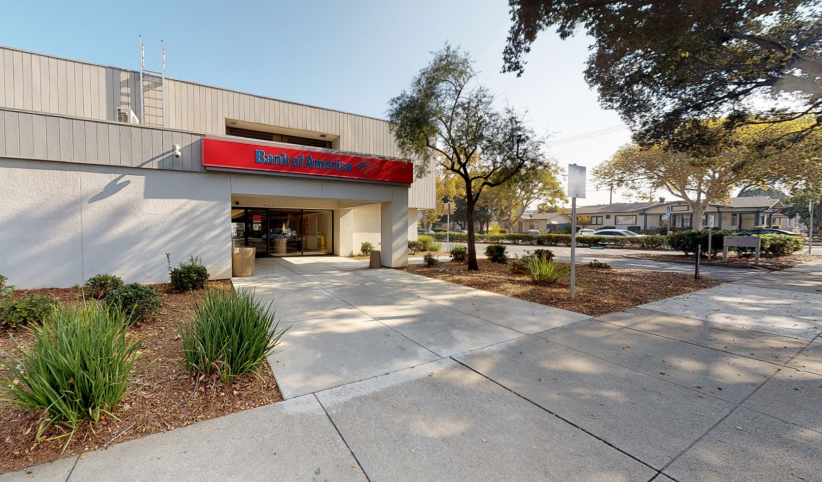 Bank of America financial center with drive-thru ATM | 7825 Monterey St, Gilroy, CA 95020