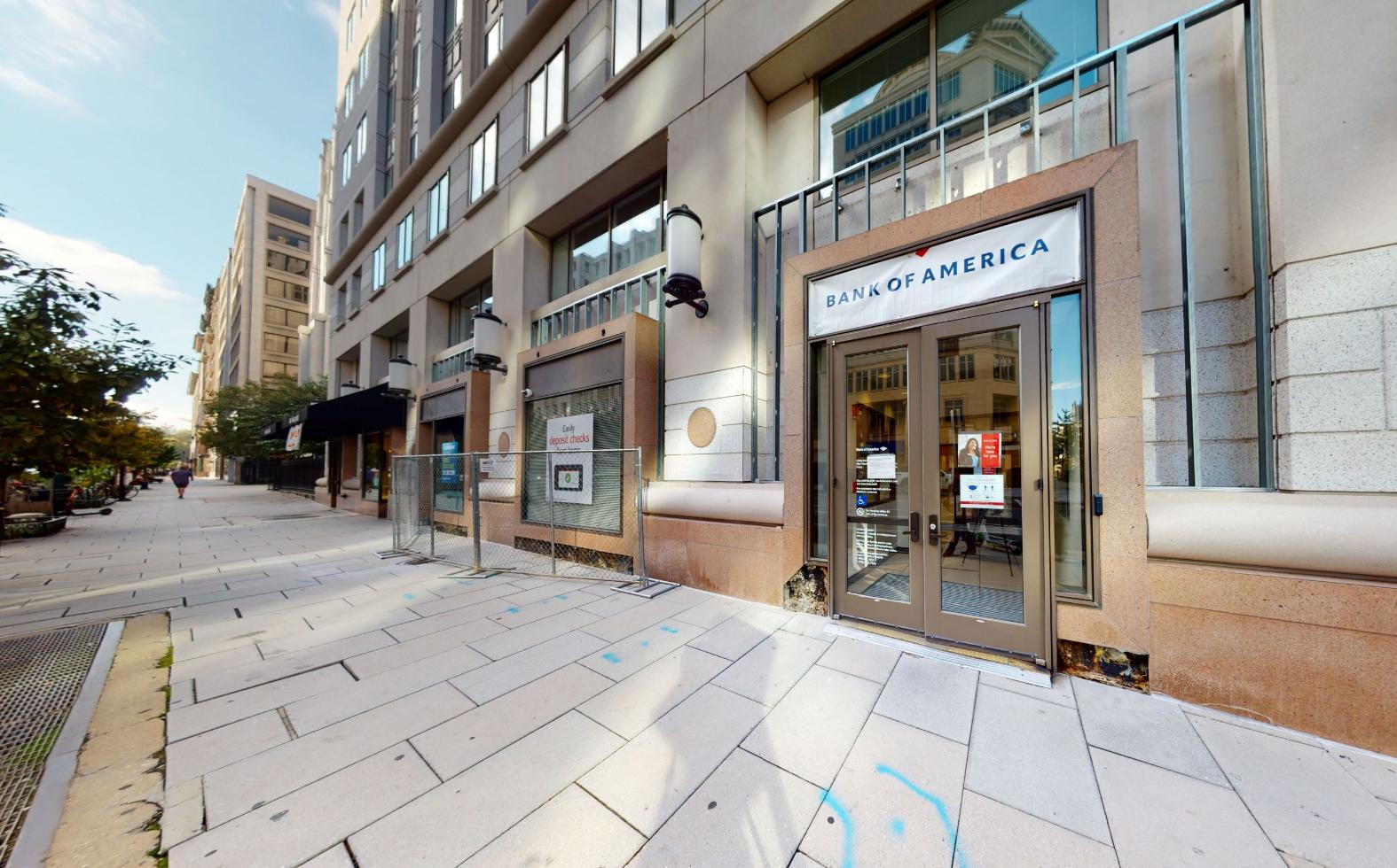 Bank of America financial center with walk-up ATM | 700 13th St NW, Washington, DC 20005