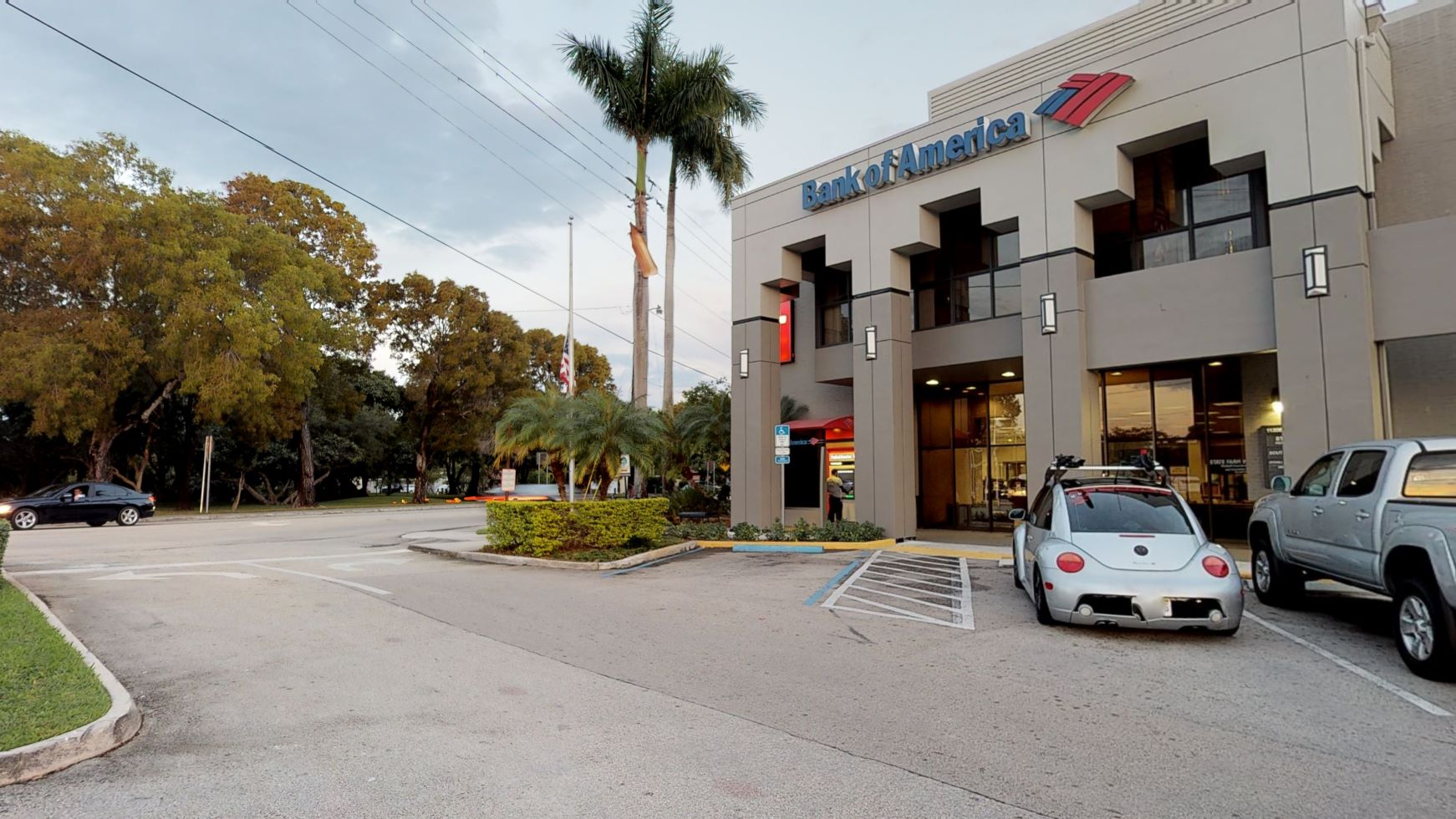 Bank of America financial center with walk-up ATM   11205 S Dixie Hwy, Pinecrest, FL 33156