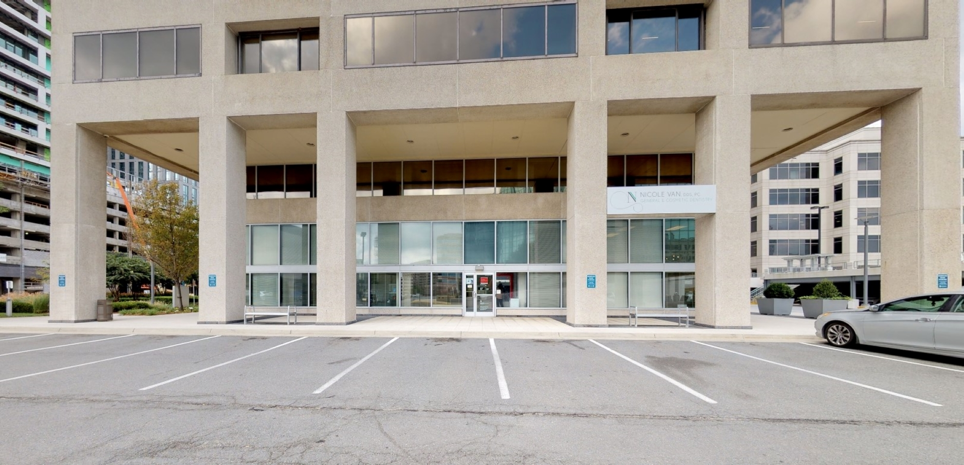Bank of America financial center with walk-up ATM | 8300 Greensboro Dr STE L3, McLean, VA 22102
